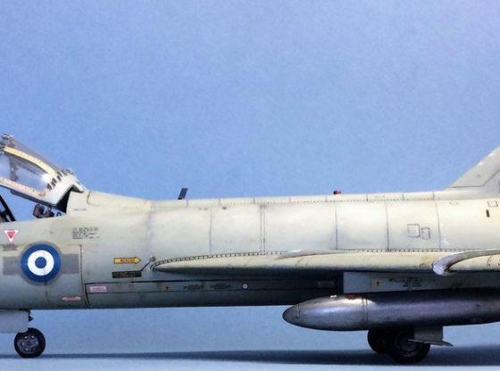MENG F-102A